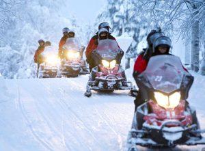 Motos de nieve - Actividades en Laponia