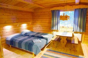 Dormitorio simple Hotel Harriniva